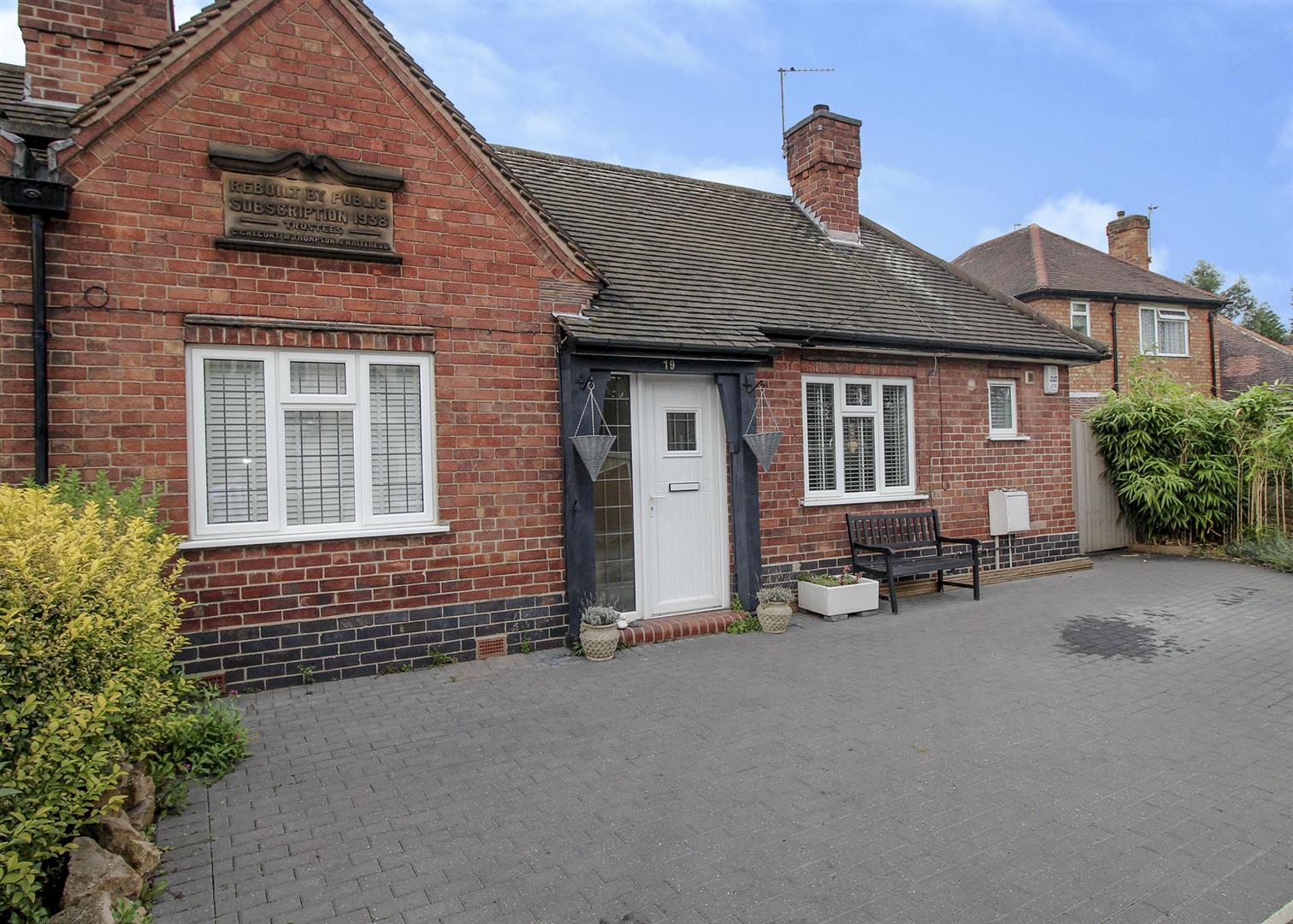 1 Bedroom Semi Detached Bungalow for sale in The Nook, Chilwell